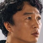 The King- Eternal Monarch-Jeon Bae-Su.jpg
